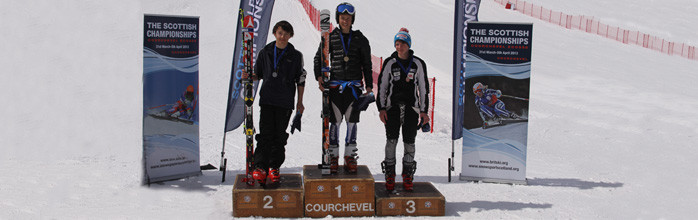 GS and Slalom Wins at Scottish Championships